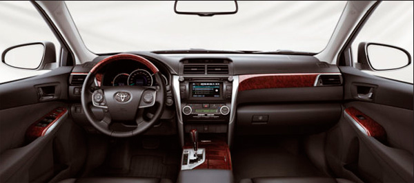 Toyota Camry 2012 фото салона