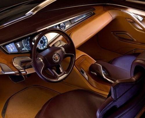 Шикарный и дорогой салон авто - 9