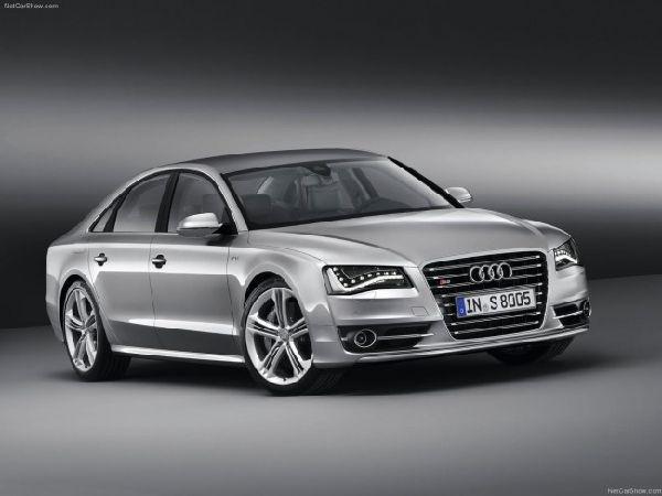 Новая Audi S8 2012 фото