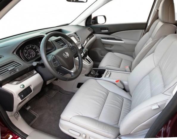 Фото интерьера Honda CR-V 2012