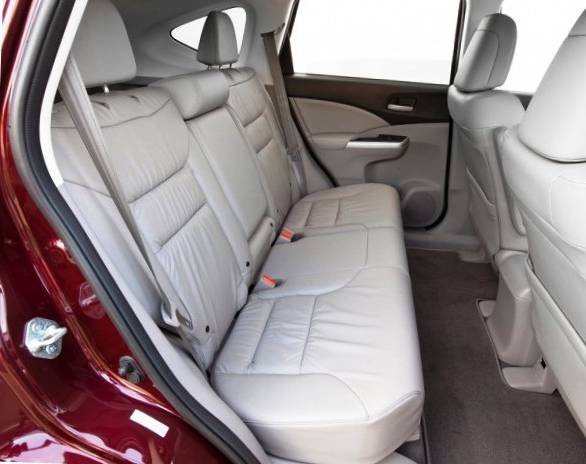 Сидения для задних пассажиров в Honda CR-V 2012
