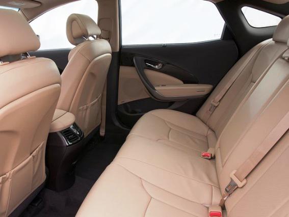 Сидения в новом Hyundai Azera 2012