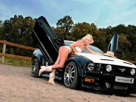 заставки девушки и авто