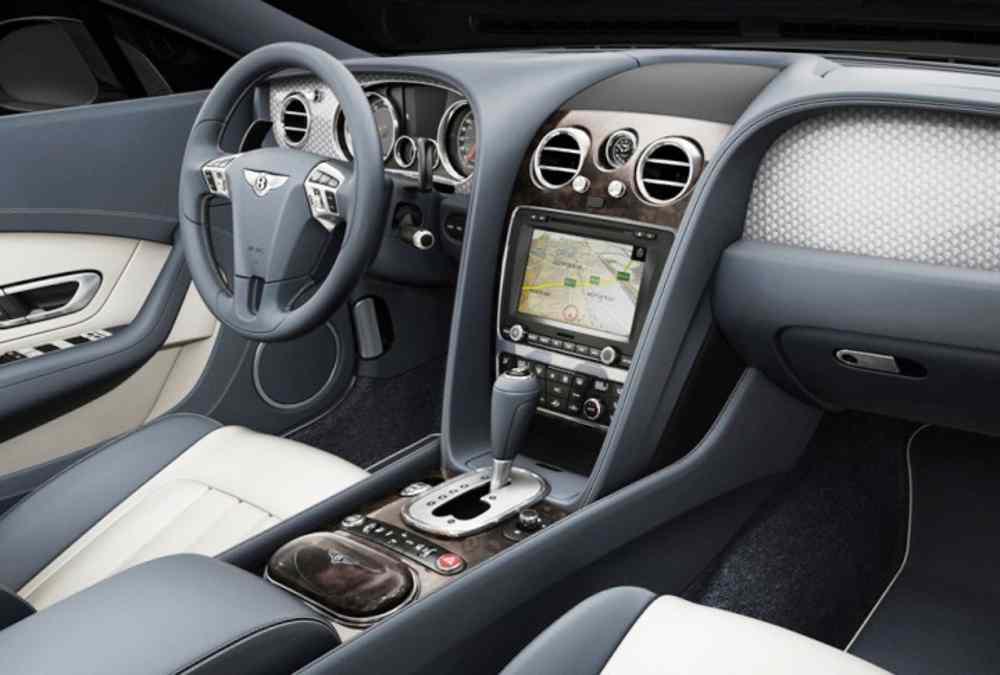 Новый Бентли Континенталь GT с двигателем V8