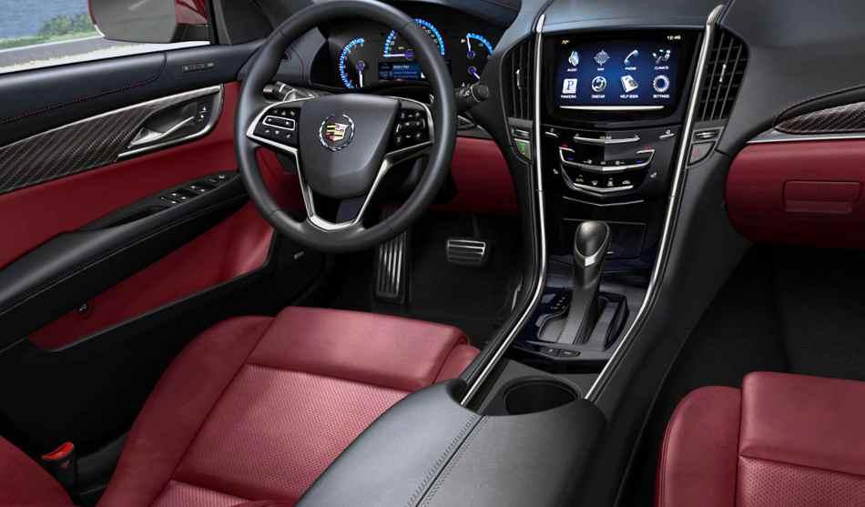 Интерьер Cadillac ATS 2013