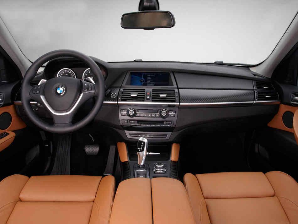 Салон нового BMW X6