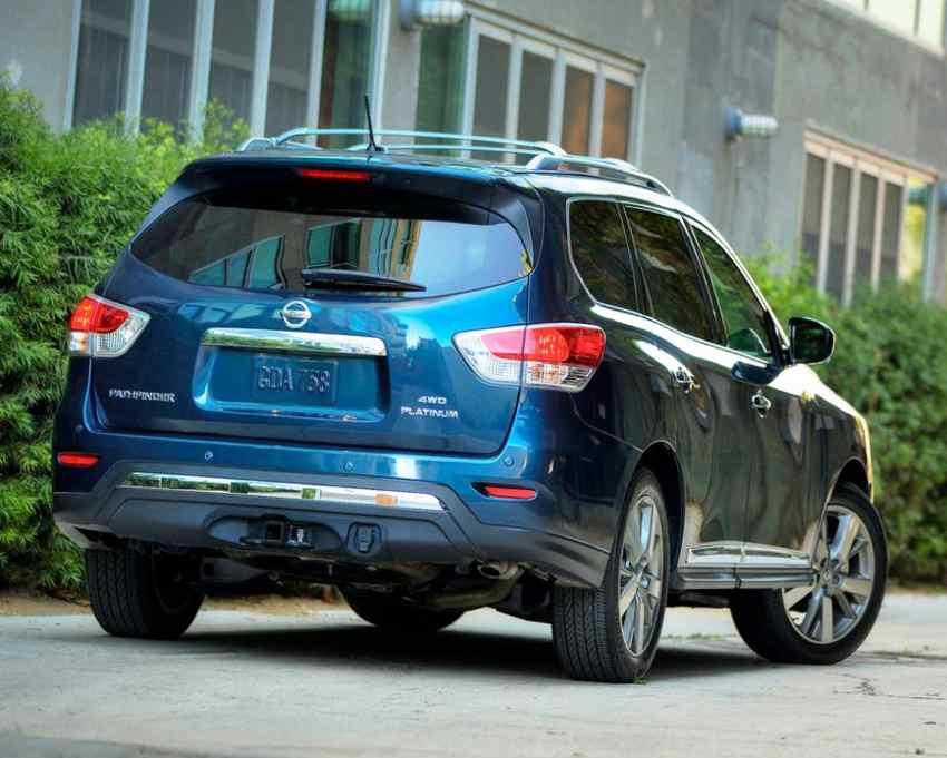 Задние фонари Nissan Pathfinder 2013