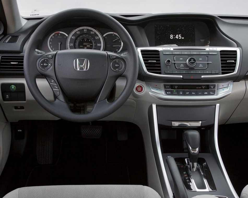 салон Honda Accord 2013