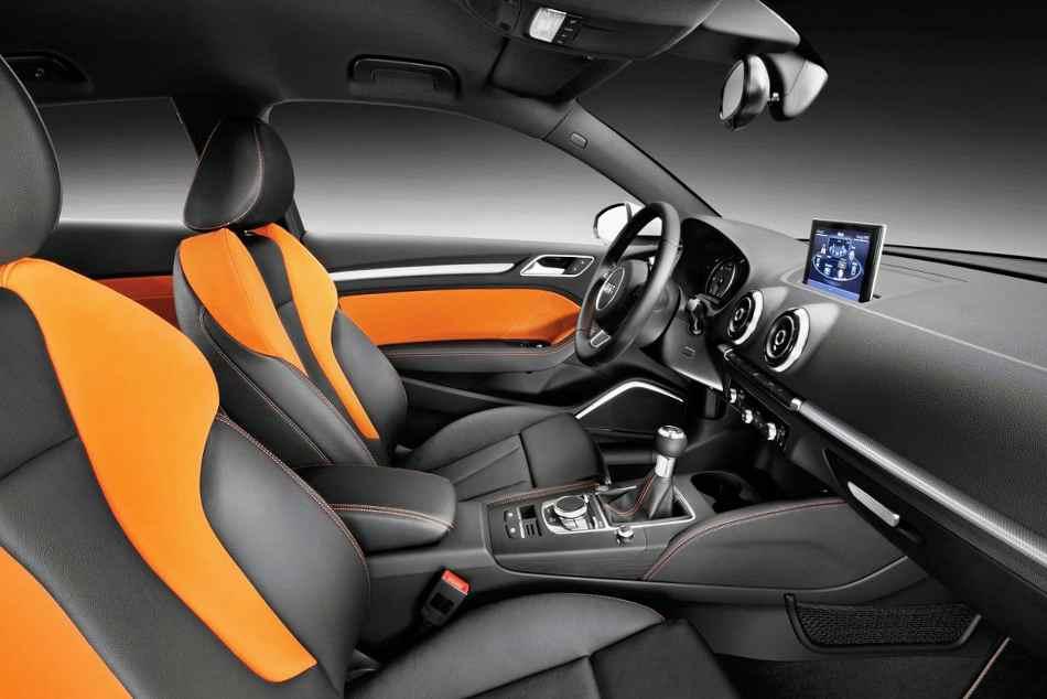 Интерьер Audi A3 2013