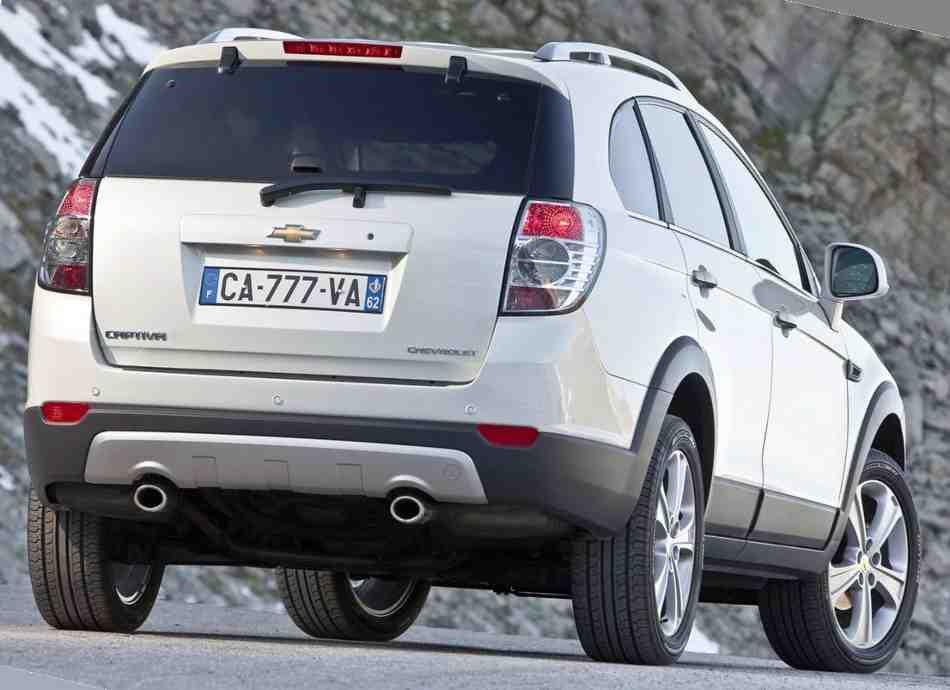 Новый Chevrolet Captiva 2012 - задние фонари