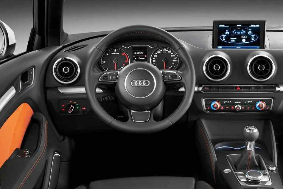Салон Audi A3 2013