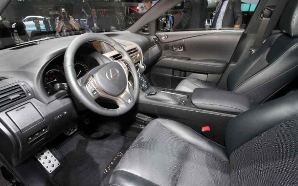 Салон Lexus RX 450h 2013