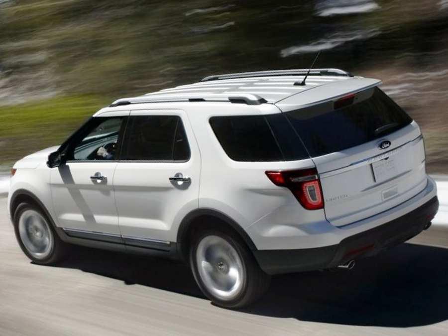 Задние фонари Ford Explorer 2012