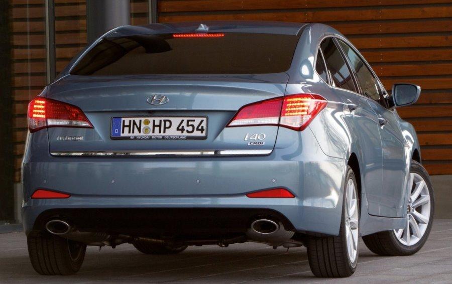 задние фонари Hyundai i40 2013