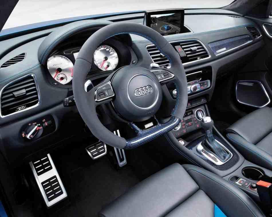 Audi RS Q3 2012 салон