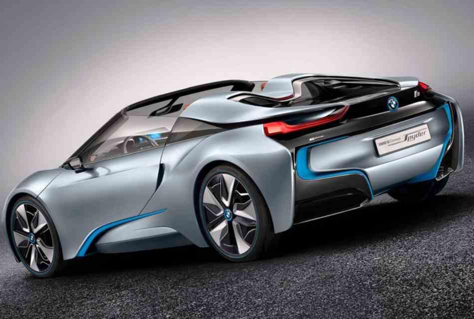 Фото сбоку BMW i8 Spyder Concept