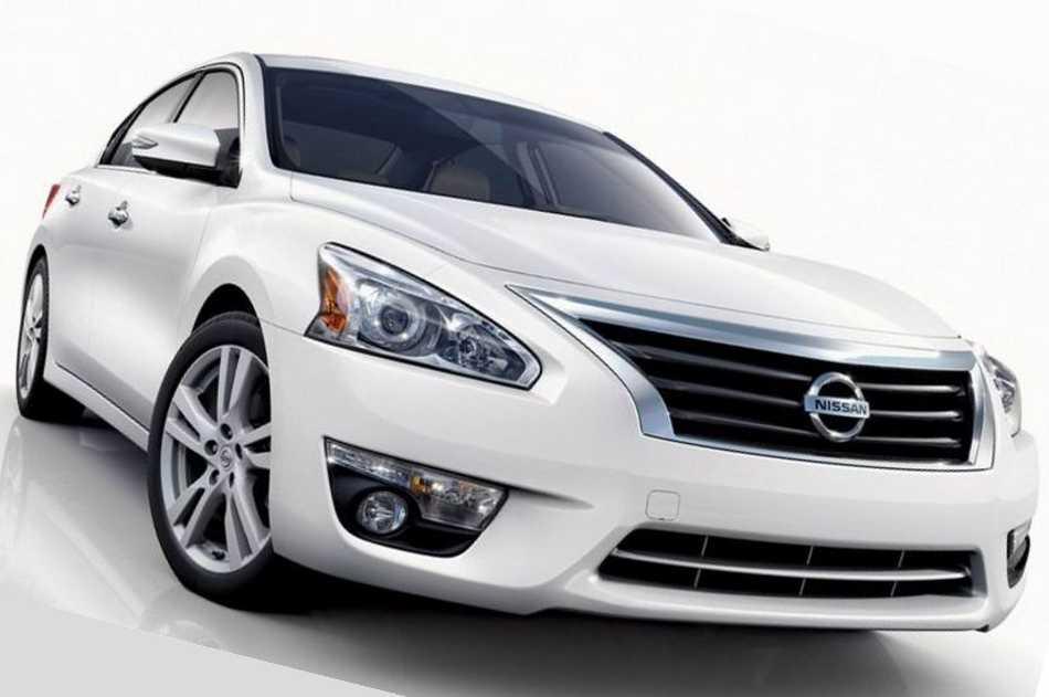 Nissan Altima 2013 - фото