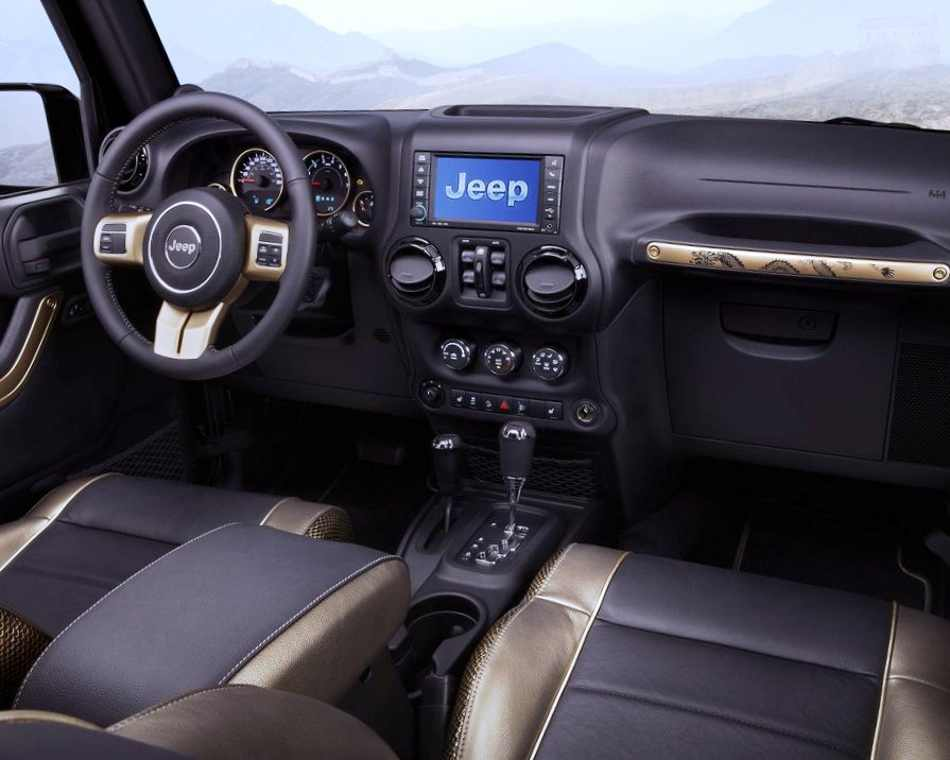 Салон Jeep Wrangler Dragon 2012