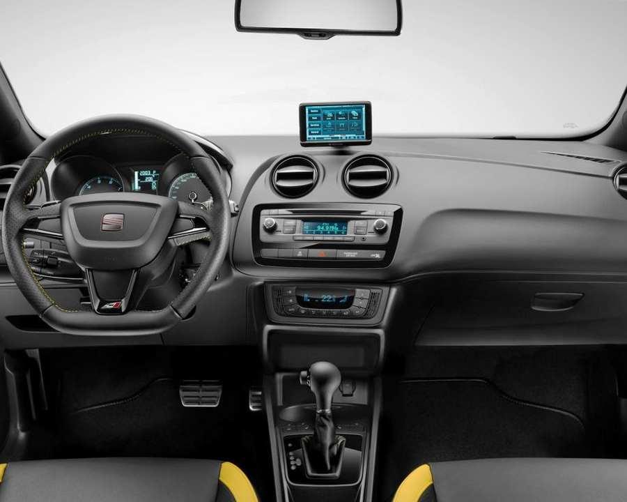 Салон Seat Ibiza Cupra 2012