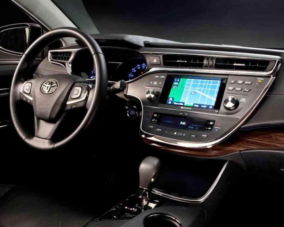 Салон Toyota Avalon 2013 фото