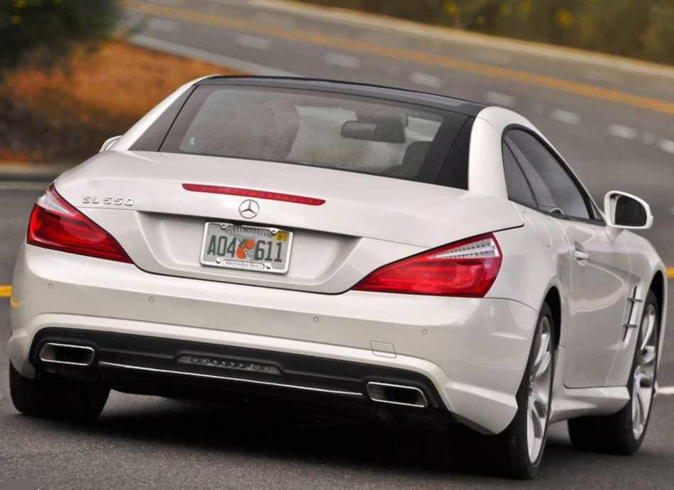 Задние фонари Mercedes SL550 2013 года