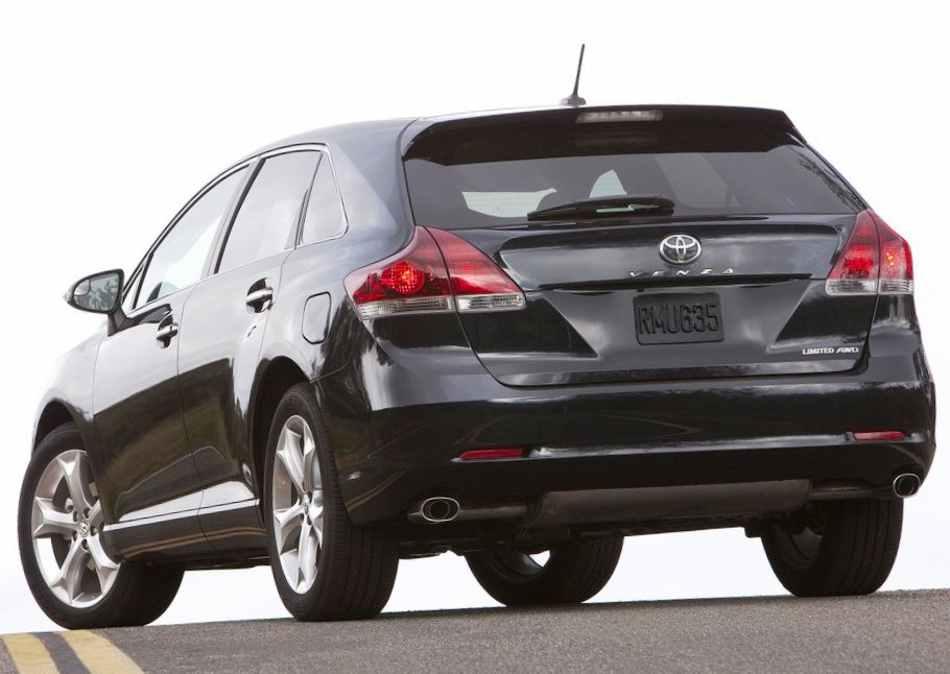 Задние фонари Toyota Venza 2013