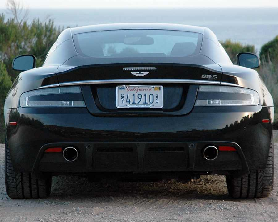 Aston Martin DBS Ultimate в России