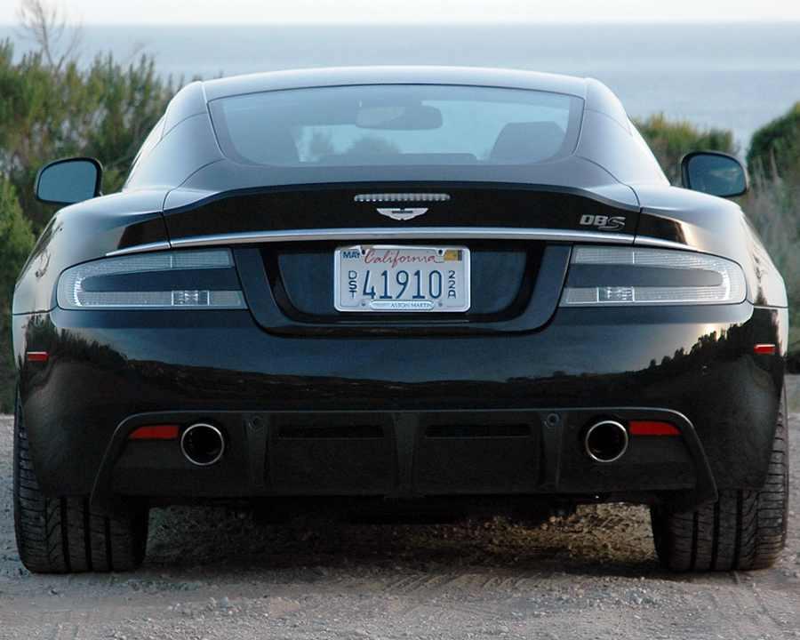Aston Martin DBS Ultimate в России