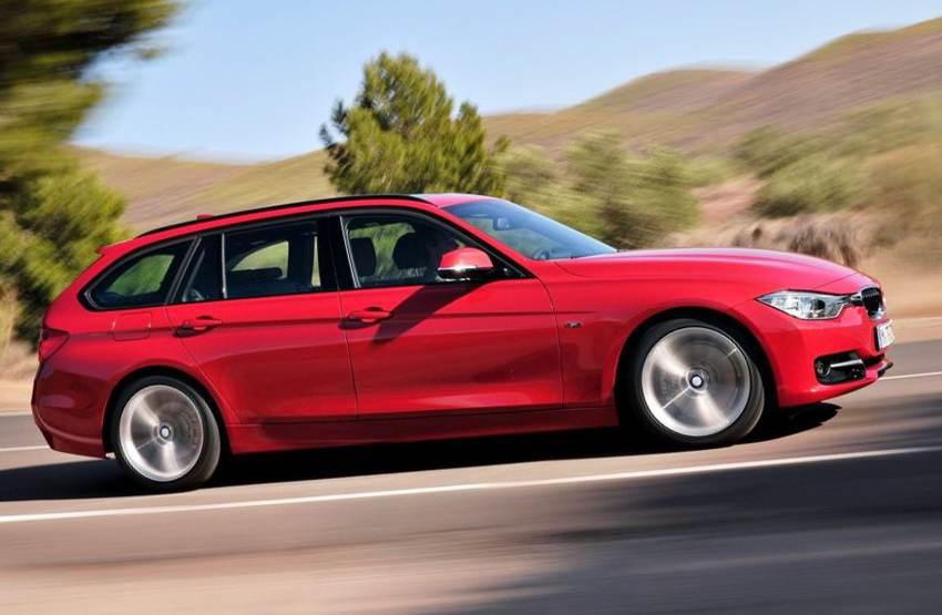 Фото универсала BMW 3-Series Touring сбоку