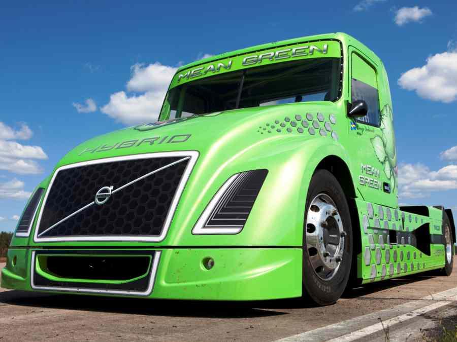 Гибридный грузовик Volvo Mean Green