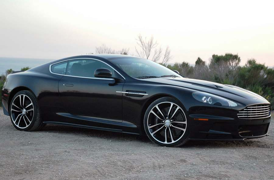 Характеристики Aston Martin DBS Ultimate 2013