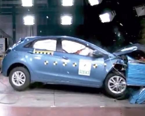 Краш-тест Hyundai i30 2012 - фото