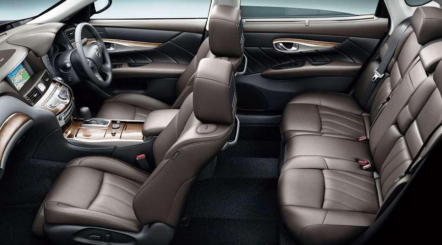 Пассажирские сидения Nissan Cima 2013 года