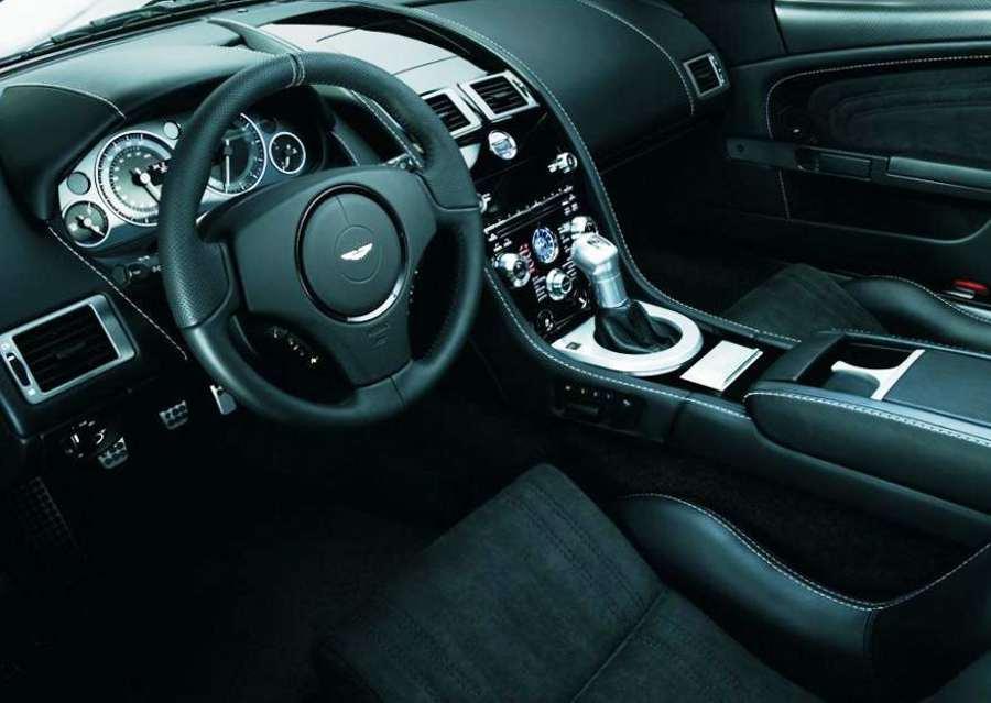 Салон Aston Martin DBS Ultimate фото