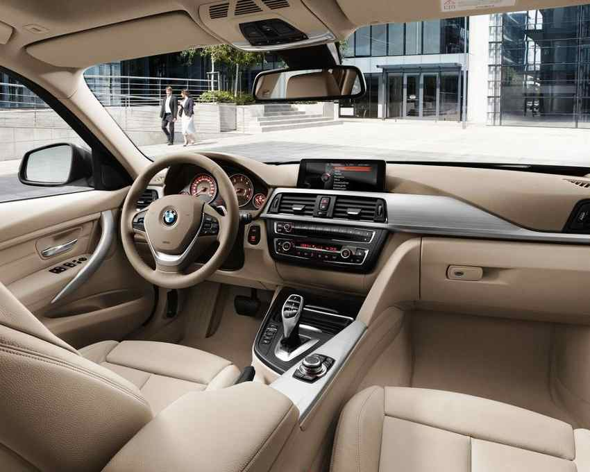 Салон BMW 3-Series Touring 2013 года