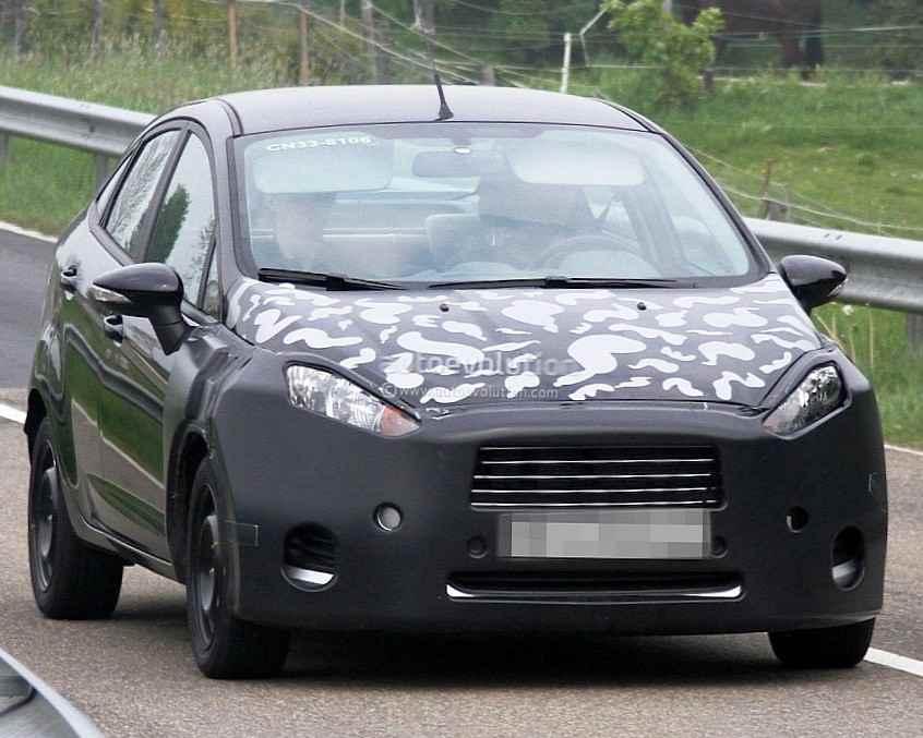 Седан Ford Fiesta 2014 фото