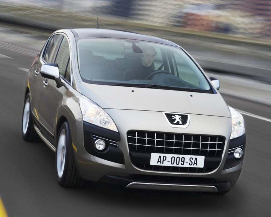 Фото Peugeot 3008 с дизельным двигателем