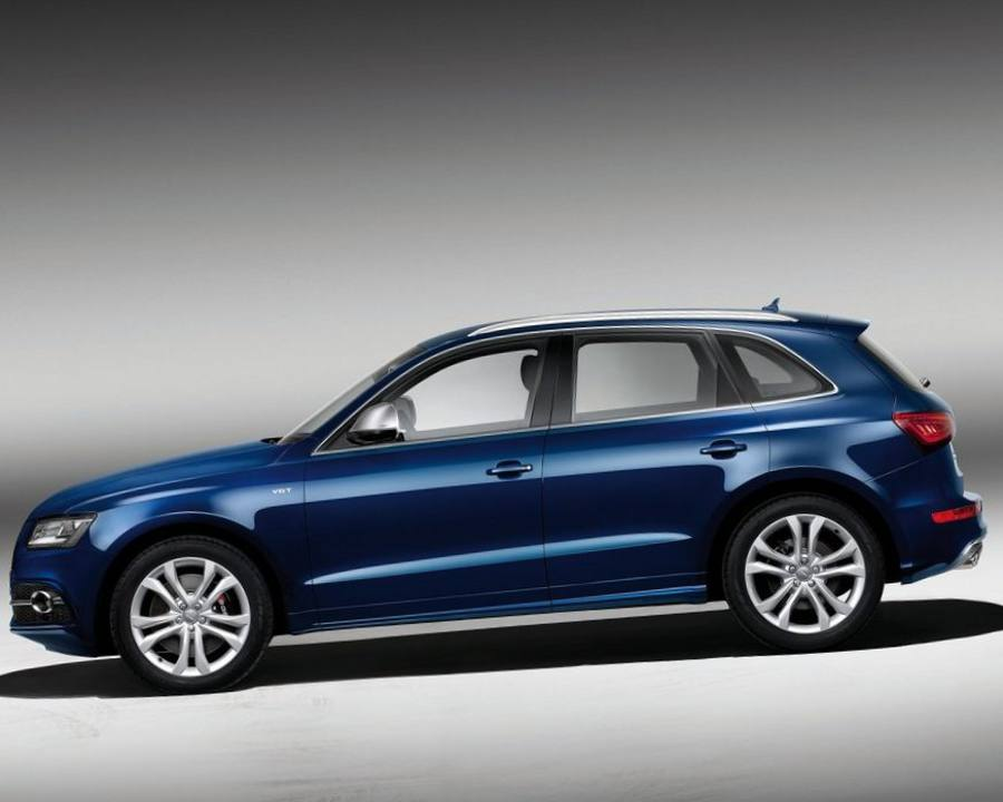 Фото сбоку Audi SQ5 TDI 2013 года
