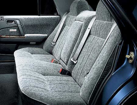 Nissan Cedric Y31 2012 - задние сидения