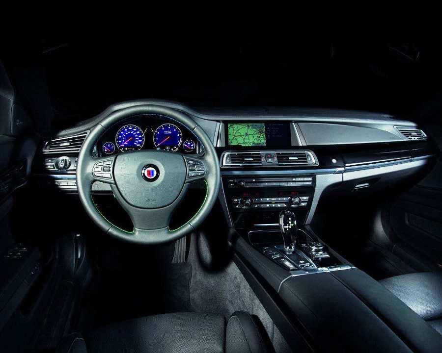 Салон BMW Alpina B7 2013 года