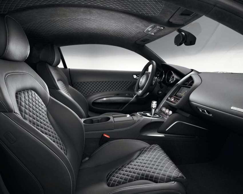 Салон Audi R8 2015