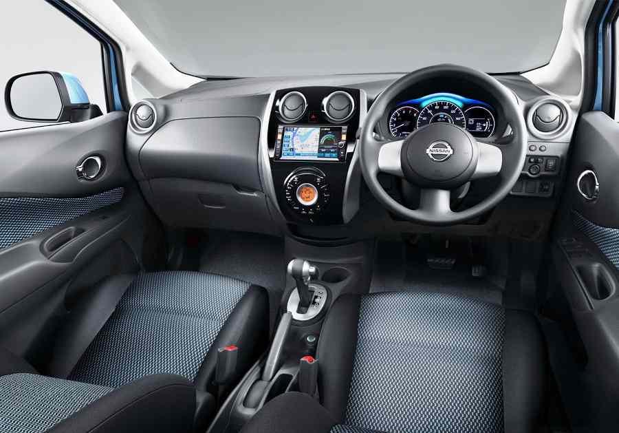 Салон Nissan Note 2013