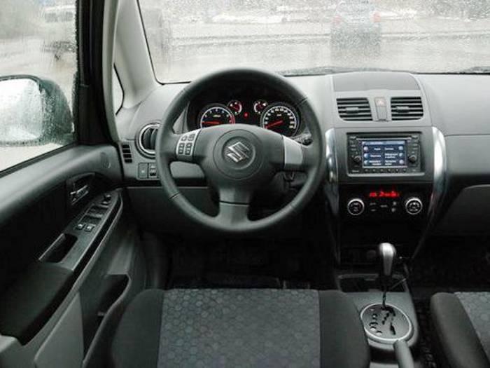 Салон Suzuki SX4 GLX