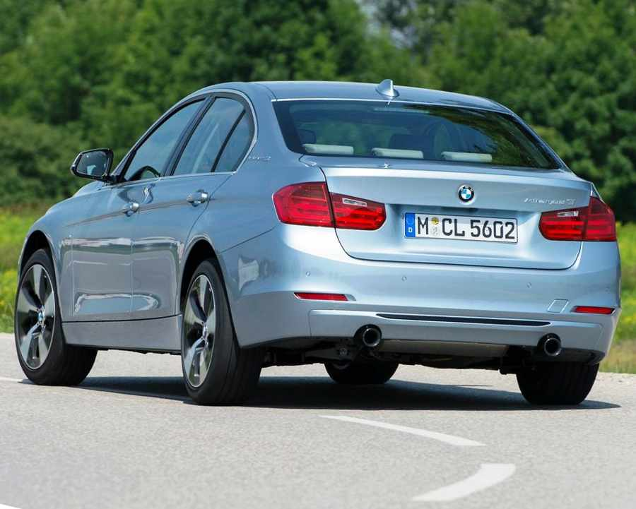 Задний бампер BMW 3 ActiveHybrid 2013 года