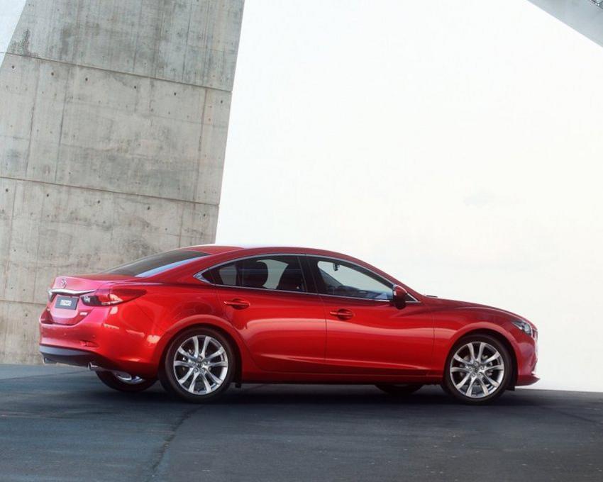 Фото Mazda 6 2013 сбоку