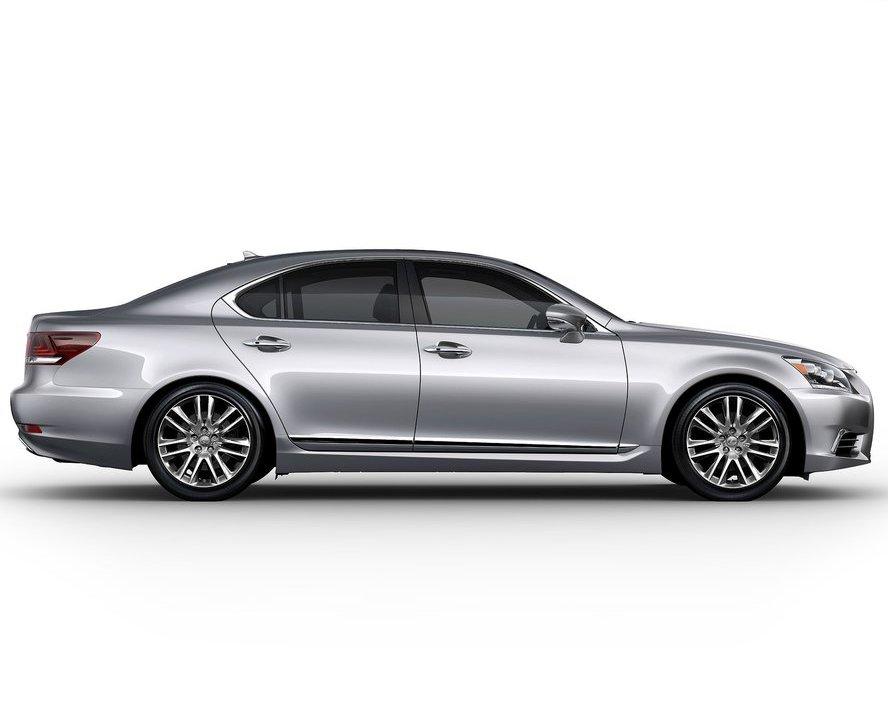 Фото сбоку Lexus LS 460 2013