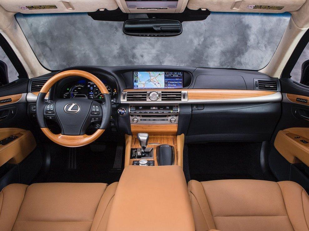 Салон Lexus LS 600h L 2013