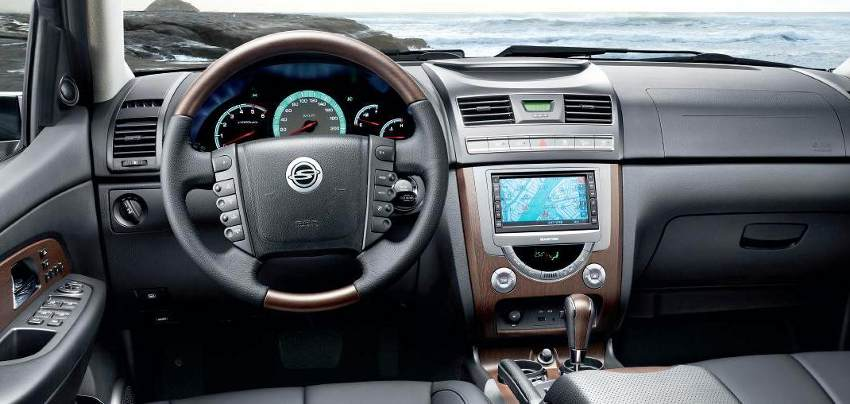 Салон SsangYong Rexton 2012