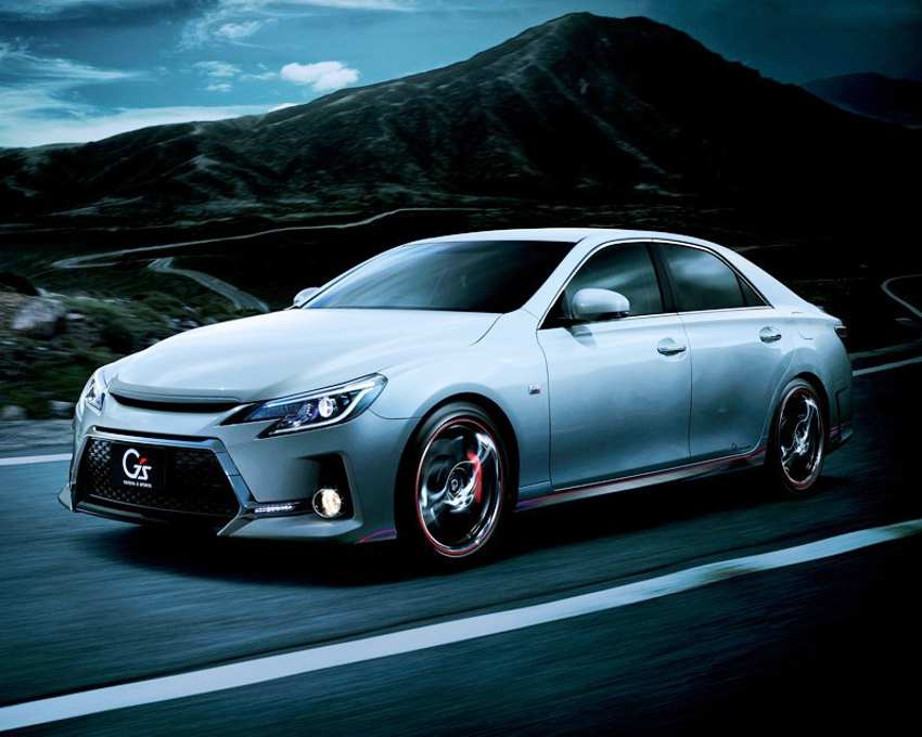 Спортивный Toyota Mark X G's 2013