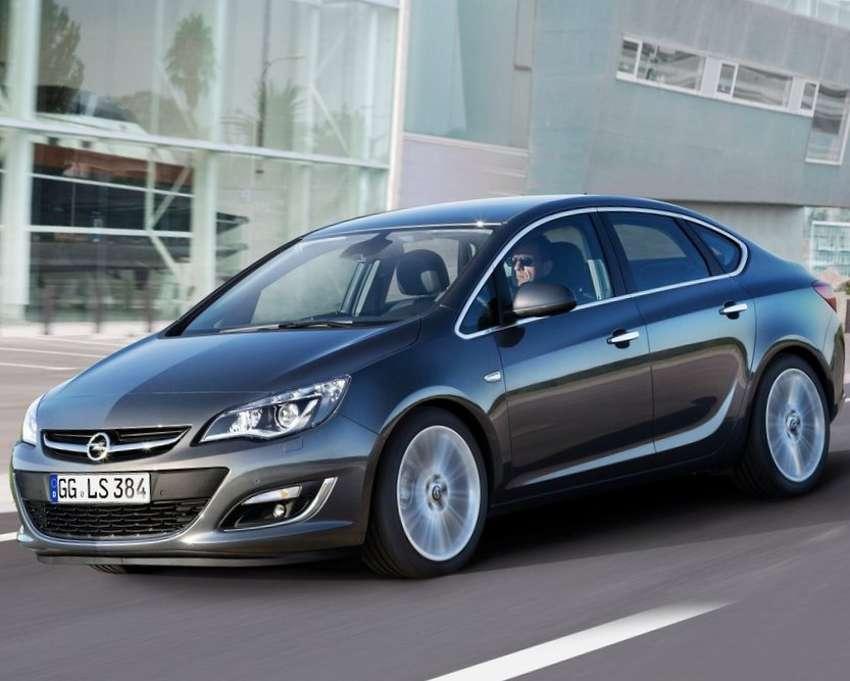 Цена Opel Astra седан 2013